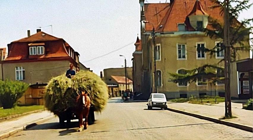 Ulica Pocztowa w lipcu 1992 roku.