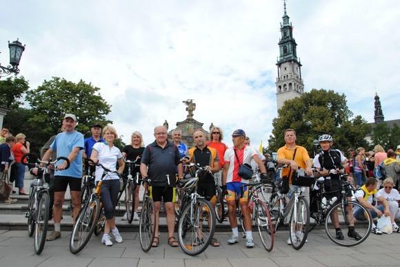 Grupie rowerzystów przewodniczył Krzysztof Nosal