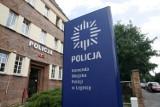 """Policjanci w Legnicy ostrzegają kierowców przed kradzieżą aut metodą """"na walizkę"""". O co chodzi?"""