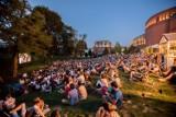 Kino plenerowe, pikniki i wycieczki z przewodnikiem. Rusza Lato w parku Starego Browaru 2020. Sprawdź program bezpłatnych wydarzeń