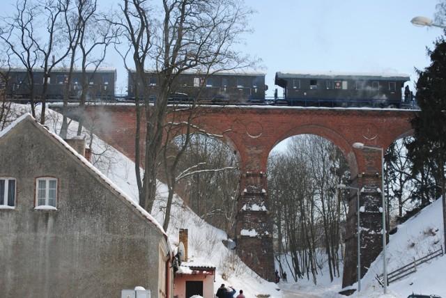 Przejazd zabytkowego parowozu, ciuchci retro, na trasie Wolsztyn - Toporów - Łagów - Sieniawa i z powrotem do Wolsztyna - 6.02.2010