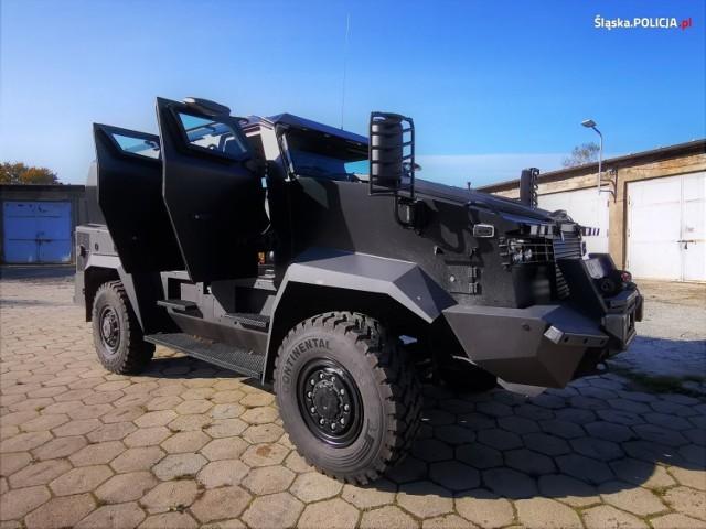 Mocny jak tur - nowy pojazd śląskich kontrterrorystów do zadań specjalnych