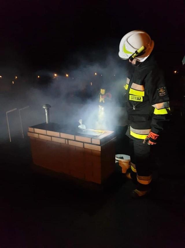 Strażacy z OSP w Unisławiu ostatnio kilka razy interweniowali w budynkach, gdzie paliły się sadze w kominie