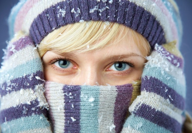 Sprawdź, jak należy zadbać o cerę, gdy za oknem śnieg i mróz!