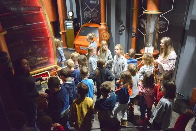 """Wystawa zatytułowana """"Energia"""" w Energetycznym Centrum Nauki wzbudziła wielkie zainteresowaniem u wszystkich dzieci, które ją przyszły zwiedzić w czasie ferii."""