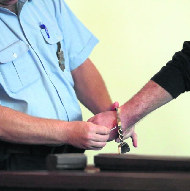 Prokuratura Legnica: Ukradł kasę i samochód. Usłyszał wyrok