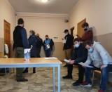 Miejski Klub HDK PCK Władysławowo i wiosenny pobór krwi przy kościele p.w. WNMP we Władysławowie: aż 30 osób oddało cenny lek ratujący życie