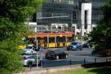 Weekendowe utrudnienia w Warszawie. Będą objazdy, zmiany tras autobusów, zawieszone tramwaje oraz komunikacja zastępcza