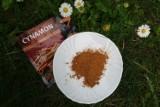 Cynamon odstraszy mrówki i pomoże roślinom. Zobacz, jak go wykorzystać w ogrodzie i do kwiatów domowych