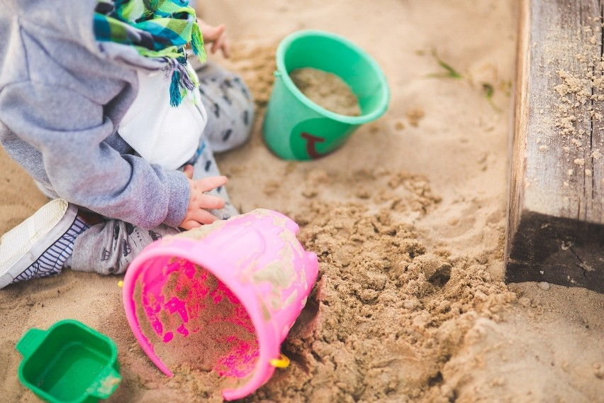 Jeśli mrówki zalęgły się w ogrodowej piaskownicy, możemy...