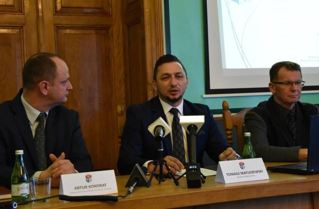 Burmistrz Tomasz Matuszewski zapewnił, że konsultacje społeczne zaplanowane są w pierwszym kwartale przyszłego roku.