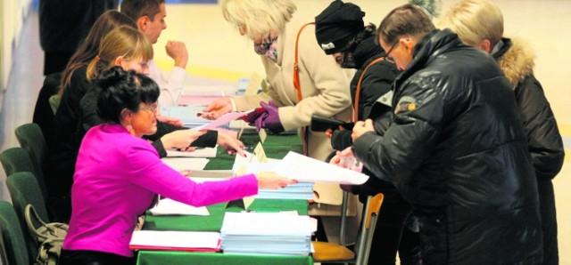 Protesty wyborcze w Sądzie Okręgowym w Legnicy