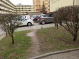 Mistrzowie Parkowania w Koninie. Galeria nieprawidłowo lub dziwnie zaparkowanych aut na ulicach i parkingach w mieście