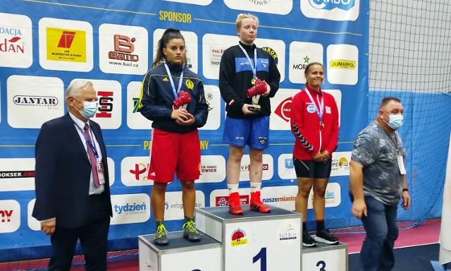W XVI Międzynarodowych Mistrzostwach Śląska kobiet w boksie na najwyższym stopniu podium stanęła Oliwia Stolarczyk