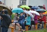 """Pomimo deszczu """"Strefa Mocy"""" przyciągnęła wielu wiernych do Skierniewic"""