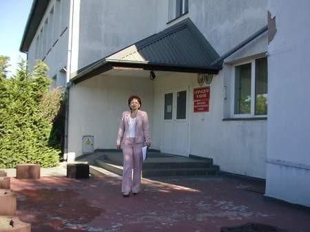 Kontroler Państwowej Inspekcji Pracy pojawił się po raz pierwszy w Gimnazjum w Silnie we wrześniu. Elżbieta Jażdżewska, dyrektor szkoły, od początku twierdziła, że nie złamała praw pracowniczych. Fot. Agnieszka Wirkus