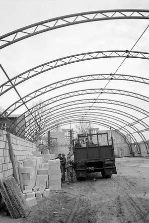 Trwają prace przy budowie amfiteatru.  /  MONIKA WYPYCH