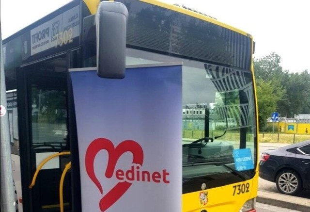 Szczepienia - bezpłatnie i bez rejestracji - prowadzone są w odpowiednio przystosowanym autobusie MPK