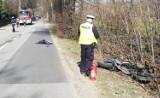 Wypadek w Piekle Dolnym, w gm. Przywidz. W ciężarówkę uderzył motocyklista. Trafił on do szpitala
