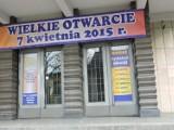 Drapacz chmur w Chorzowie. Po świętach otwiera się sklep z tanią odzieżą [FOTO]