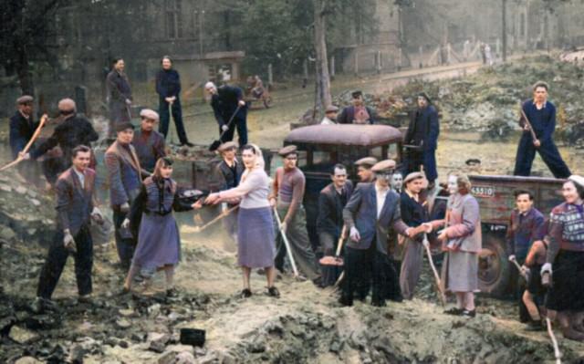 Pokolorowaliśmy zdjęcia mieszkańców Gubina wykonane po wojnie, dokładniej w latach 1946-1960.