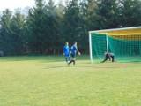 Mecz derbowy pomiędzy Leśnikiem a Koroną zakończył się remisem 1:1 (ZDJĘCIA)