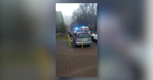 Zaatakował ratowników na ulicy Zakole w Szczecinie