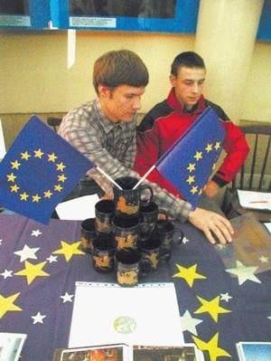 Bartłomiej Kamiński i Fryderyk Walczok uzyskali dotację do swojego projektu astronomicznego. Fot: MAGDALENA CHAŁUPKA
