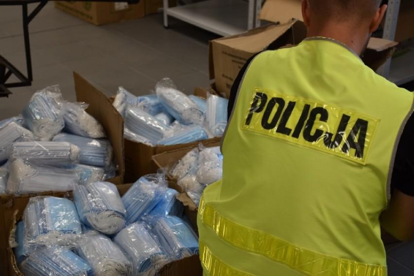 Policja w Kaliszu odzyskała 330 tysięcy kradzionych maseczek...