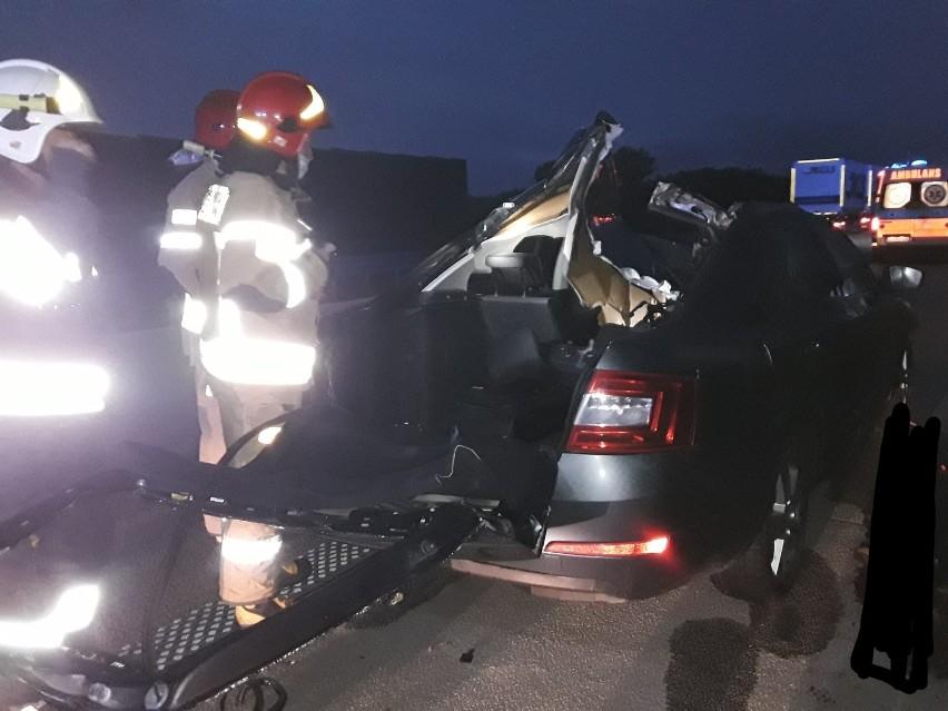 W wyniku wypadku śmierć poniósł 35-letni pasażer. Zderzenia...