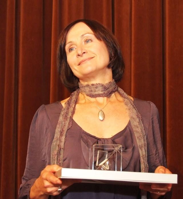 """""""Srebrny Pierścień"""" za aktorską kreację w minionym sezonie dostała Małgorzata Wolańska, aktorka Teatru Arlekin."""