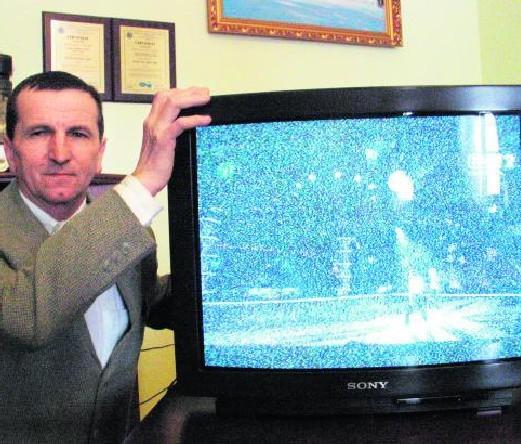 Marian Kastelik od 12 lat walczy o lepszy odbiór telewizji w Beskidach.