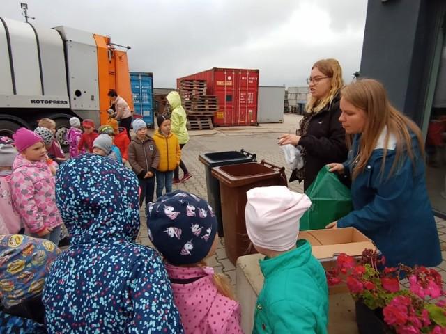 Dzieciństwo to dobry czas na rozpoczęcie nauki segregacji odpadów.
