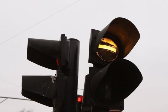 Sygnalizacja na skrzyżowaniu Przybyszewskiego z Marcelińską dziś nie działa