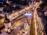 Zimowy Białystok nocą z lotu ptaka. Zobacz świąteczne iluminacje (zdjęcia)