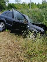Gm. Kaźmierz. Samochód ciężarowy zderzył się z osobówką [ZDJĘCIA]