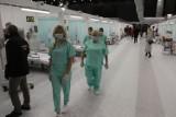 Pijany ratownik górniczy wtargnął do tymczasowego szpitala w MCK w Katowicach. Chciał pokazać koledze, jak leczy się COVID-19