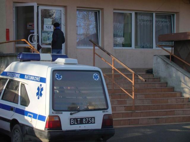 """Minister Bartosz Arłukowicz prowadzi negocjacje z """"porozumieniem zielonogórskim"""" w sprawie podpisania kontraktów z NFZ. W wielu przychodniach podstawowej opieki zdrowotnej pacjenci od 1 stycznia nie maja dostępu do lekarza."""
