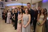 Studniówka 2020 w II LO im. E. Plater w Sosnowcu ZDJĘCIA. Bal odbył się w Mierzęcicach, w sali Alfa.