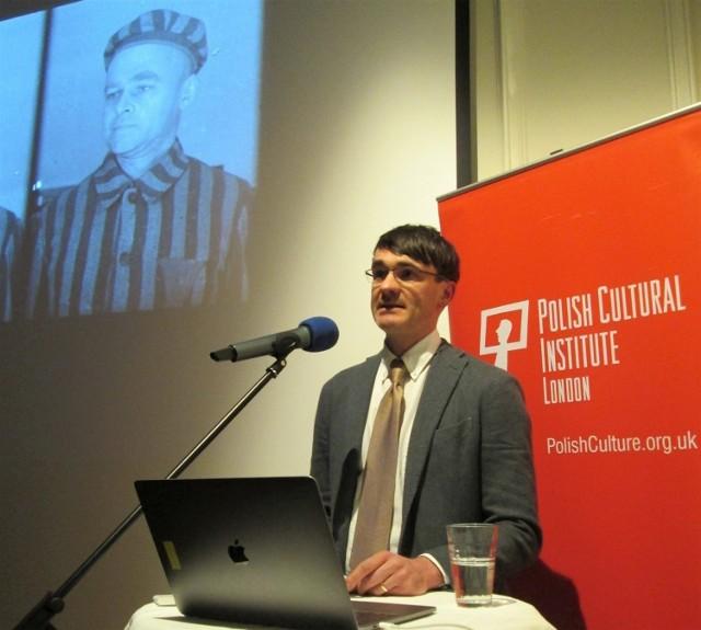 Spotkanie Jacka Fairweathera w Ognisku Polskim w Londynie dzień po otrzymaniu nagrody