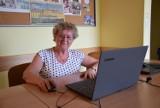 Darmowe szkolenia dla seniorów w Żorach. Masz przynajmniej 65 lat? Naucz się korzystać z laptopa, tabletu czy smartfona