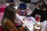Lip Lab - jedyne w Polsce miejsce, w którym stworzycie spersonalizowaną szminkę oraz wykonacie analizę kolorystyczną