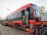 Do Katowic dotarł ostatni z 35. nowych tramwajów Pesy. Tramwaje Śląskie zamówiły dodatkowo jeszcze pięć kolejnych wagonów