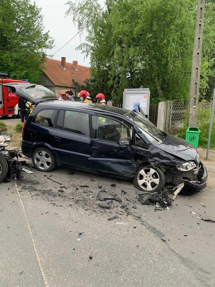 Gmina Czerniejewo. Poranne zderzenie dwóch osobówek