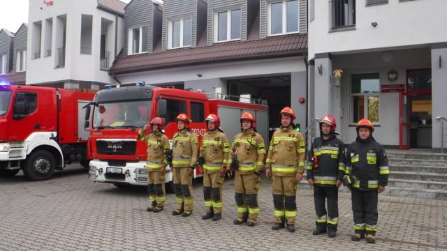 Łęczyccy strażacy uczcili 77. rocznicę wybuchu Powstania Warszawskiego