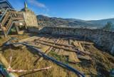 Średniowieczny zamek w Muszynie zostanie częściowo odbudowany. Trwają prace remontowe [ZDJĘCIA]