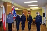 Pandemia. Nowi policjanci w Sławnie składali przysięgę. Wyglądało to inaczej ZDJĘCIA