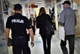 Wspólne działania policji i sanepidu w związku z przestrzeganiem przepisów Covid-19