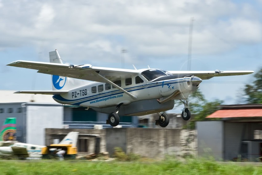 Bluewing Airlines Linie lotnicze z Surinamu. Siedziba...