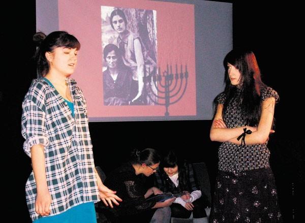 Uczniowie ZSG nr 4 w spektaklu o kulturze żydowskiej